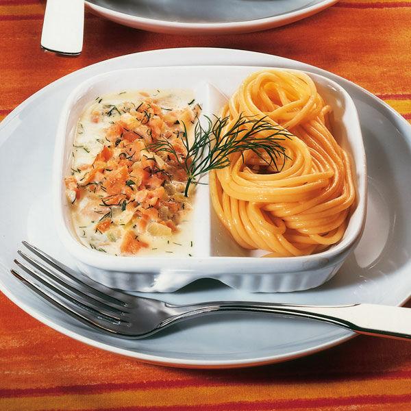 spaghetti mit lachs sahnesauce rezept k cheng tter. Black Bedroom Furniture Sets. Home Design Ideas