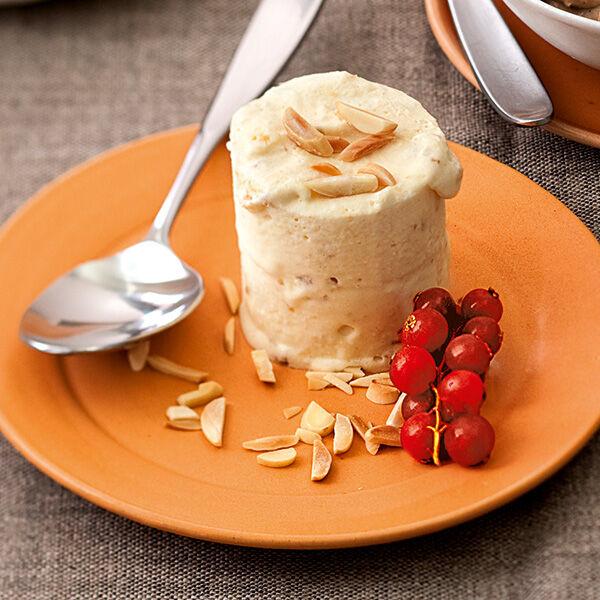 Nuss-Halbgefrorenes Rezept | Küchengötter