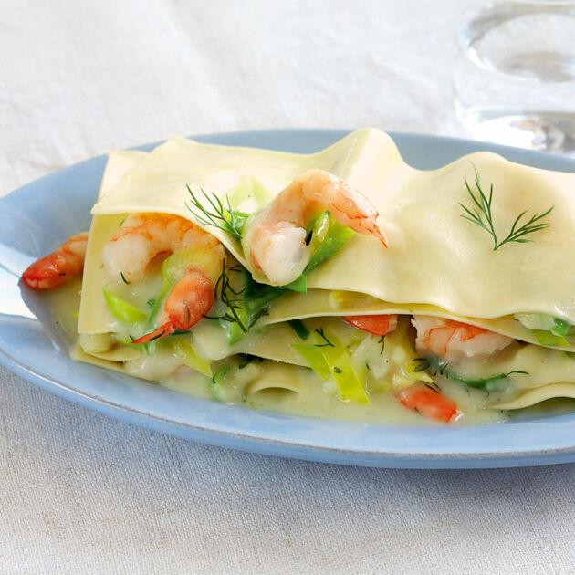 blitz-lasagne mit lauch und garnelen rezept | küchengötter - Küchengötter Schlank Im Schlaf