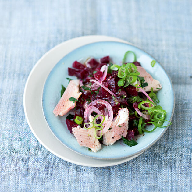 rote bete salat mit r ucherfisch rezept k cheng tter. Black Bedroom Furniture Sets. Home Design Ideas
