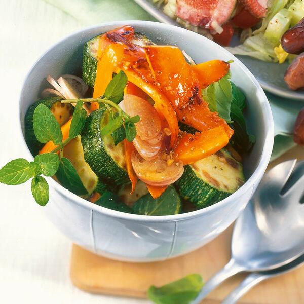 Kürbis Zucchini Salat Rezept Küchengötter