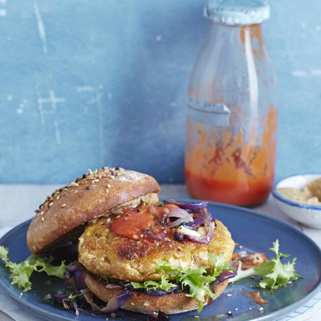 veggie burger mit majoran r stzwiebeln rezept k cheng tter. Black Bedroom Furniture Sets. Home Design Ideas