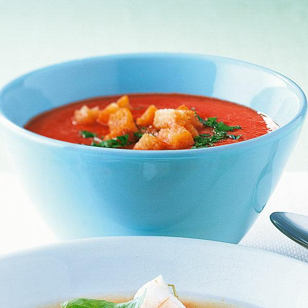 kalte tomaten gurken suppe rezept k cheng tter. Black Bedroom Furniture Sets. Home Design Ideas