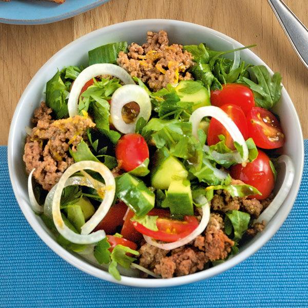 Kräutersalat mit Rindfleisch Rezept | Küchengötter