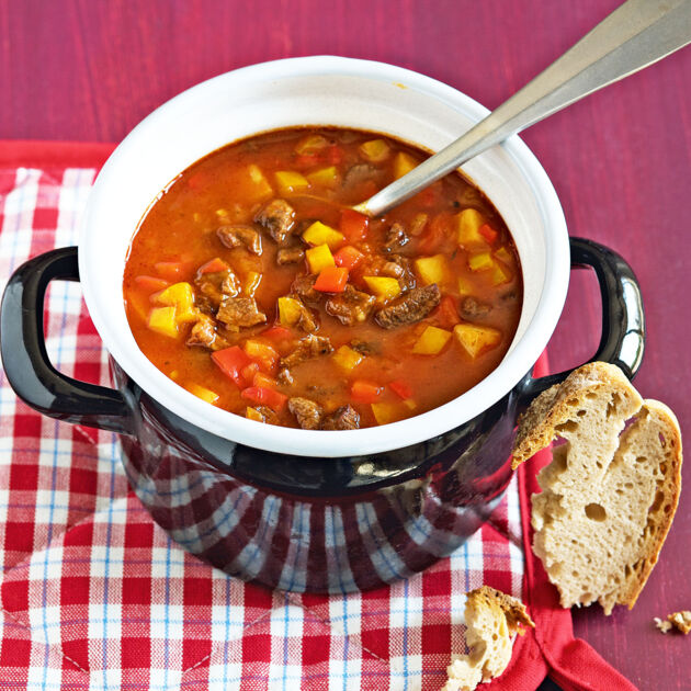 gulaschsuppe mit paprika rezept k cheng tter On gulaschsuppe rezept