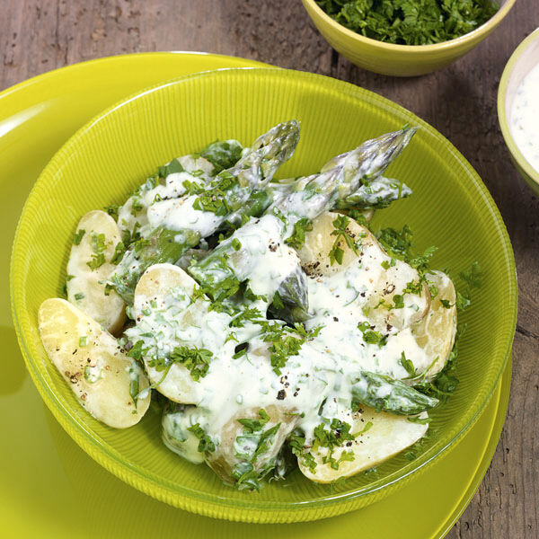 Lauwarmer kartoffel spargelsalat