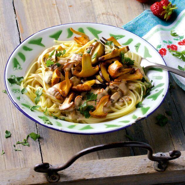 Linguine mit gemischten Pilzen Rezept | Küchengötter