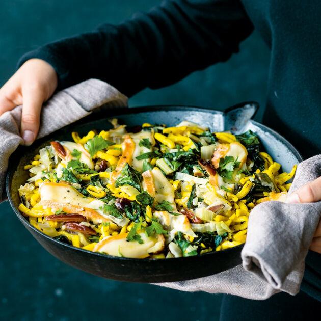 Käsespätzle-Pfanne mit Mangold Rezept | Küchengötter
