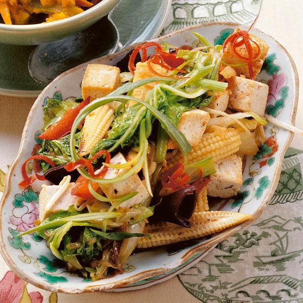 wok gem se mit tofu rezept k cheng tter. Black Bedroom Furniture Sets. Home Design Ideas