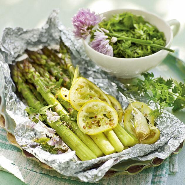 Gegrillter Grünspargel Rezept | Küchengötter