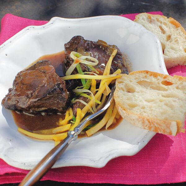 Geschmorte Kalbsbäckchen | Deutsche Küche | Küchengötter