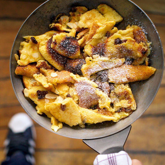Kaiserschmarrn Grundrezept karamellisierter kaiserschmarrn mit puderzucker rezept küchengötter