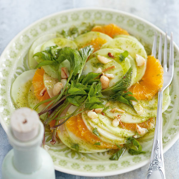 kohlrabi carpaccio mit giersch rezept k cheng tter. Black Bedroom Furniture Sets. Home Design Ideas