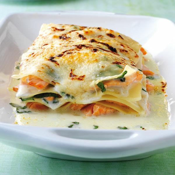 Salat zu lachs lasagne
