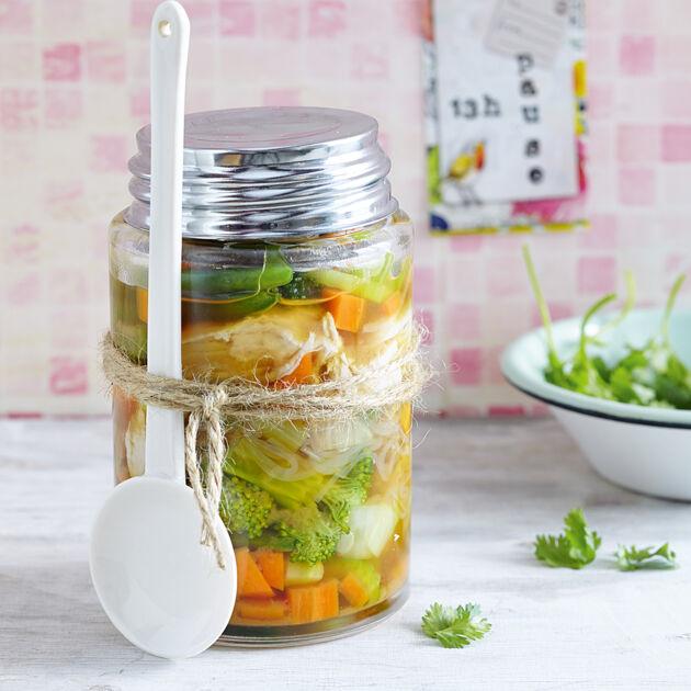 asia suppe aus dem glas rezept k cheng tter. Black Bedroom Furniture Sets. Home Design Ideas