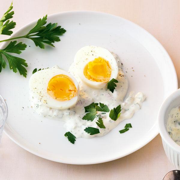 Eier in gr ner sauce rezept k cheng tter - Eier kochen dauer ...
