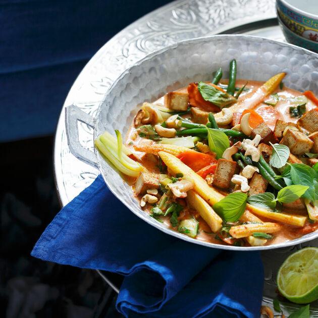 Rotes Thai-Curry mit Tofu Rezept | Küchengötter