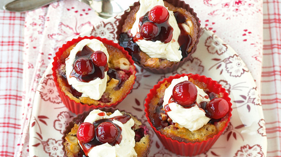 Cranberry-Cashew-Cupcakes