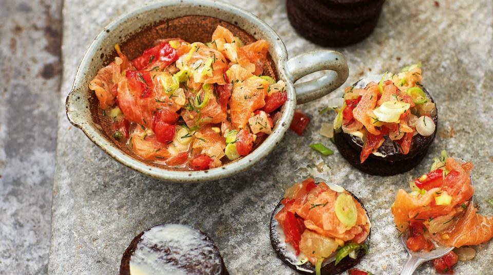 der sommer kann kommen salat rezepte mit gurke k cheng tter. Black Bedroom Furniture Sets. Home Design Ideas