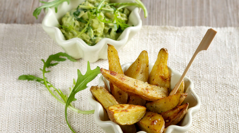 Wedges mit Avocado-Dip