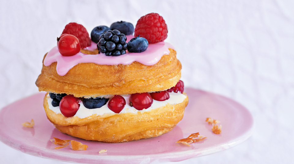 Marshmallow Berry Cronuts