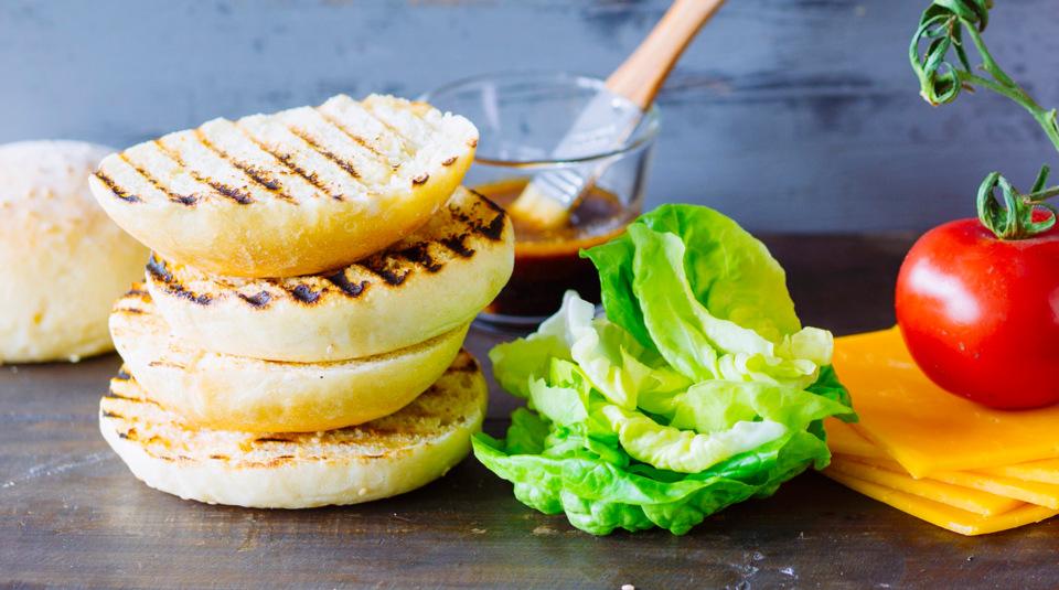 burger br tchen selbst gemacht von wegen wabbelig k cheng tter. Black Bedroom Furniture Sets. Home Design Ideas