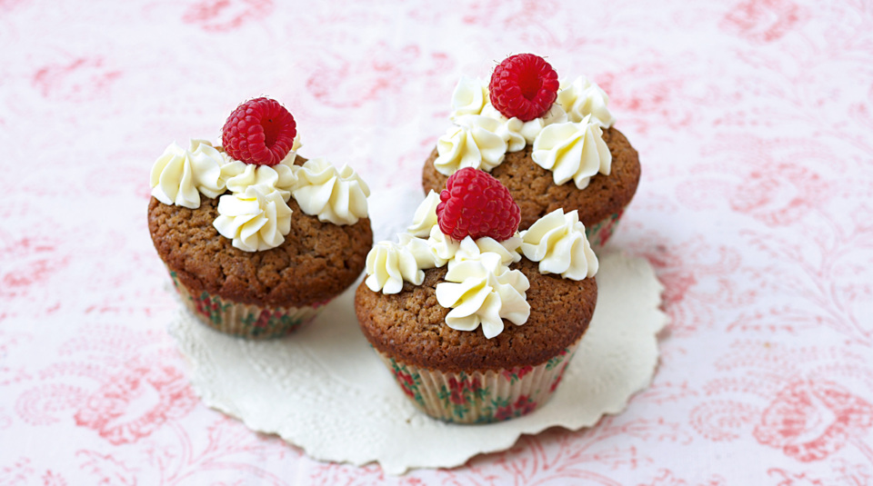 cupcakes rezepte toppings tipps ideen k cheng tter. Black Bedroom Furniture Sets. Home Design Ideas
