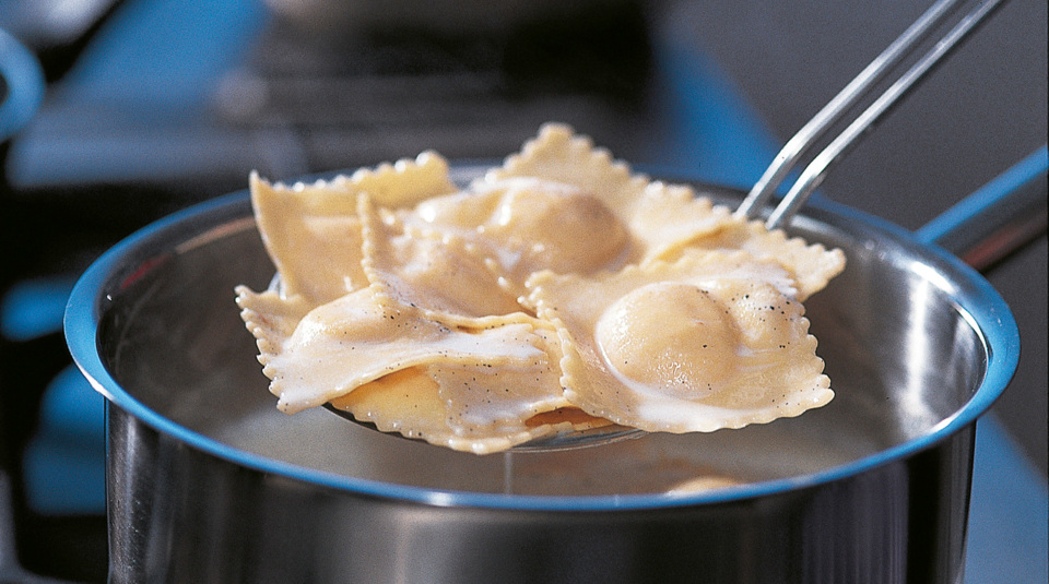 nudeln richtig kochen so macht man pasta k cheng tter. Black Bedroom Furniture Sets. Home Design Ideas