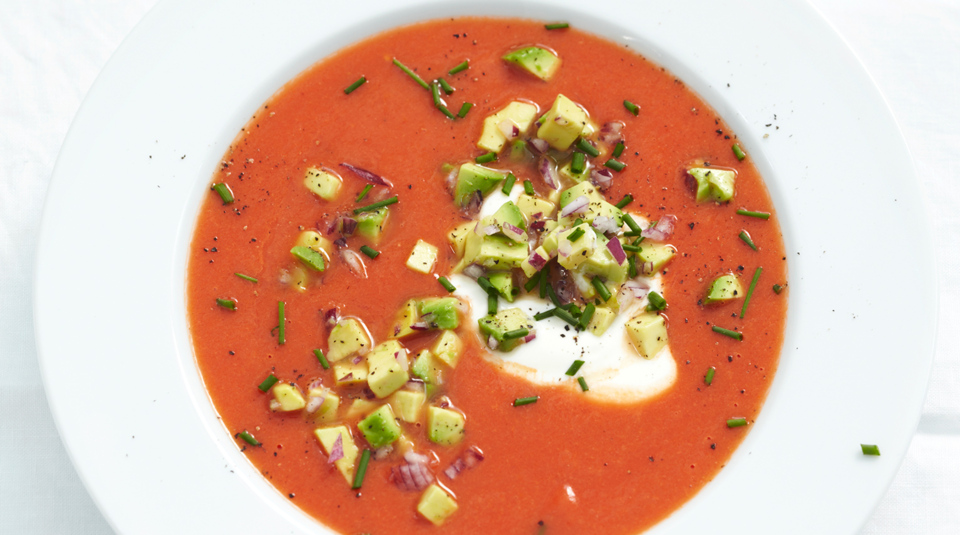 Tomatensuppe mit Avocado