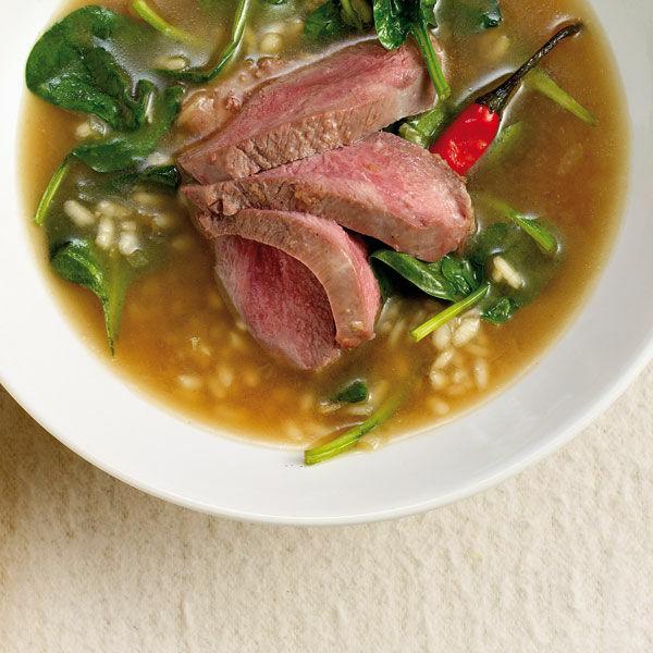 spinat risotto suppe mit entenbrust rezept k cheng tter. Black Bedroom Furniture Sets. Home Design Ideas