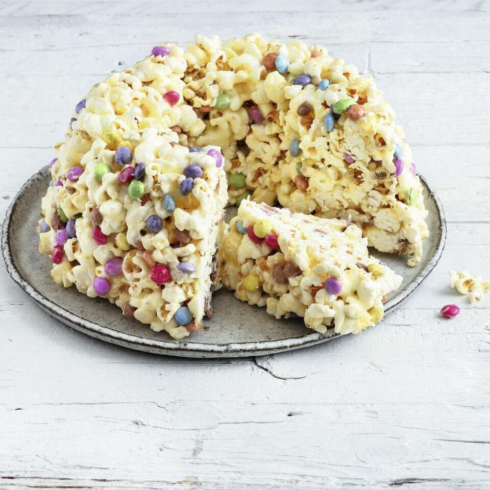 popcorn cake mit schokolinsen