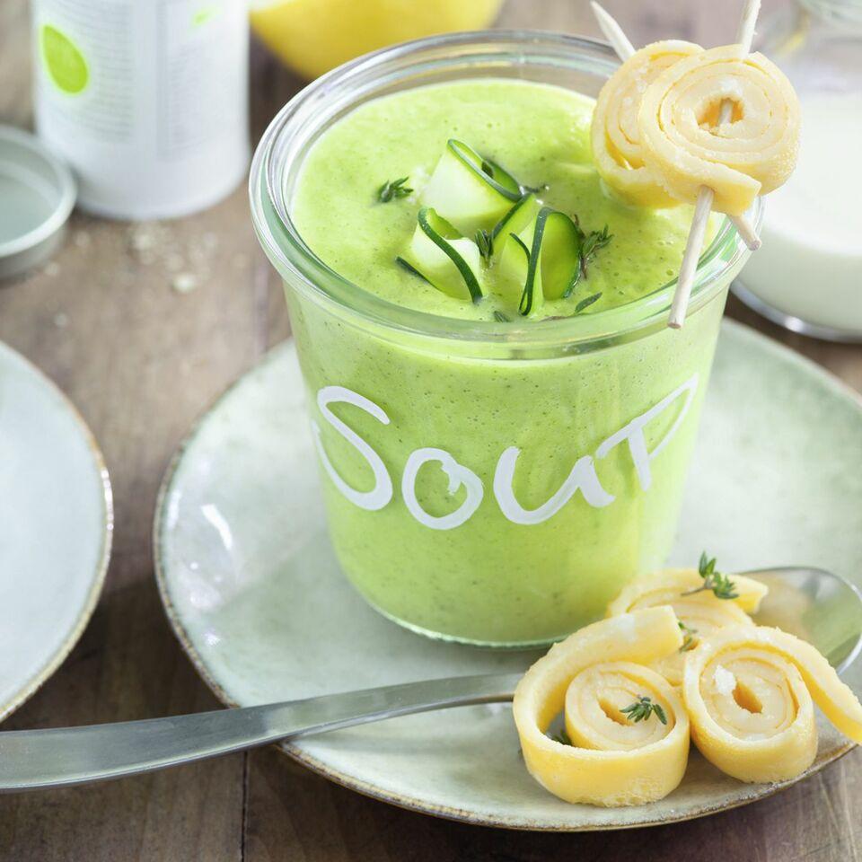 Zucchinicremesuppe mit Ei