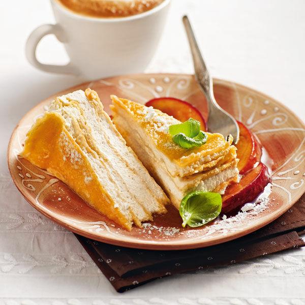 cr pes torte mit pfirsichragout rezept k cheng tter. Black Bedroom Furniture Sets. Home Design Ideas