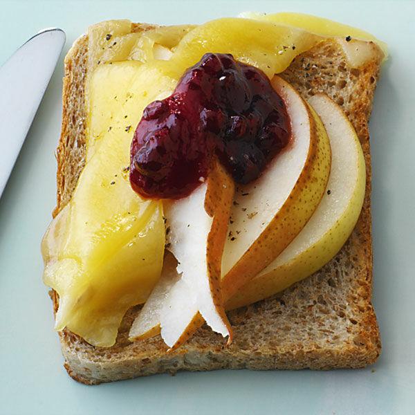 birnen kaese toast rezept kuechengoetter