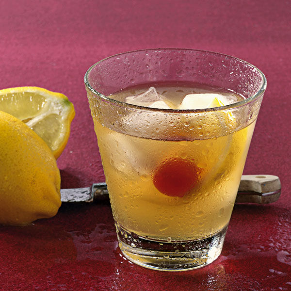 schneller whiskey sour rezept k cheng tter. Black Bedroom Furniture Sets. Home Design Ideas
