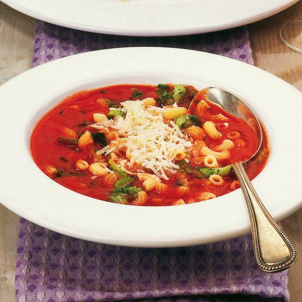 tomatensuppe mit h rnchennudeln rezept k cheng tter. Black Bedroom Furniture Sets. Home Design Ideas