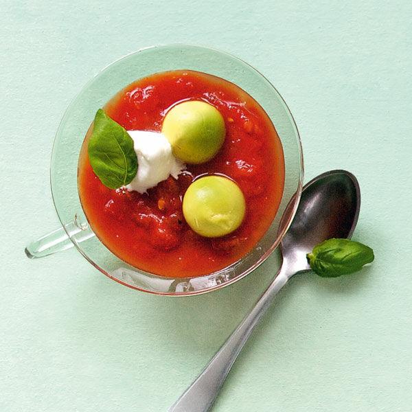 tomaten avocado suppe rezept k cheng tter. Black Bedroom Furniture Sets. Home Design Ideas