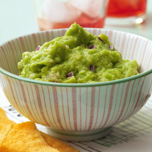 guacamole aus reifen avocados rezept k cheng tter. Black Bedroom Furniture Sets. Home Design Ideas