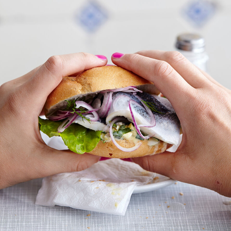 hamburger fischbr tchen rezept k cheng tter. Black Bedroom Furniture Sets. Home Design Ideas