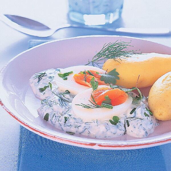 Eier in frischer kr uterso e rezept k cheng tter - Eier kochen dauer ...
