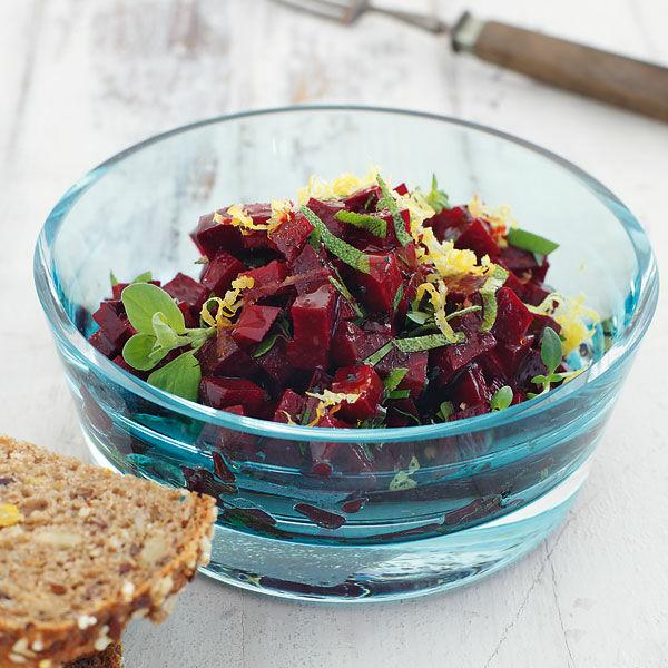 veganer rote bete salat mit zitronendressing rezept. Black Bedroom Furniture Sets. Home Design Ideas