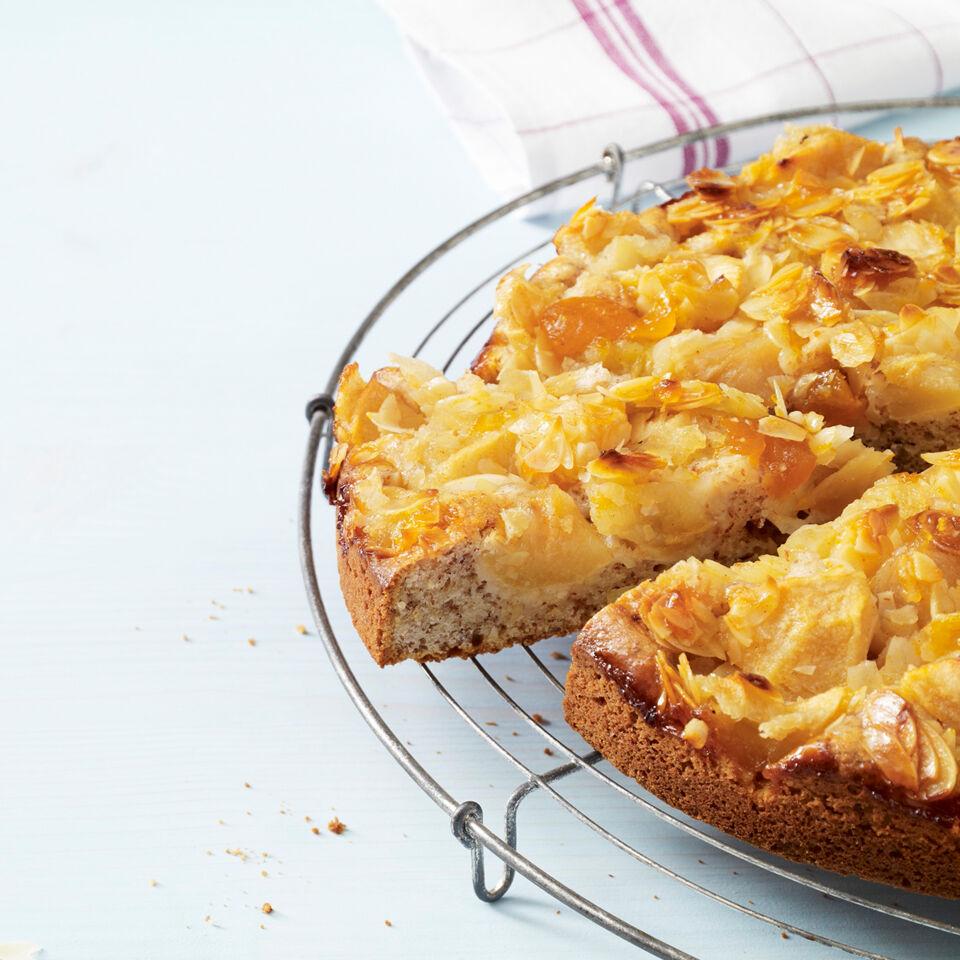 Apfel Mandel Kuchen Mit Aprikosenkonfiture Rezept Kuchengotter