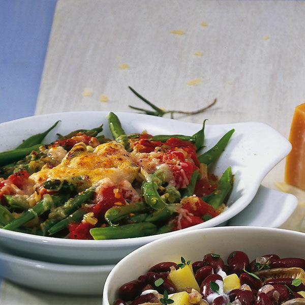 berbackene gr ne bohnen mit tomatensauce rezept k cheng tter. Black Bedroom Furniture Sets. Home Design Ideas