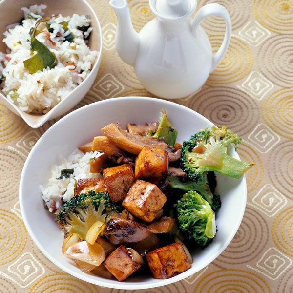 gegrillter tofu mit brokkoli und algenreis rezept. Black Bedroom Furniture Sets. Home Design Ideas