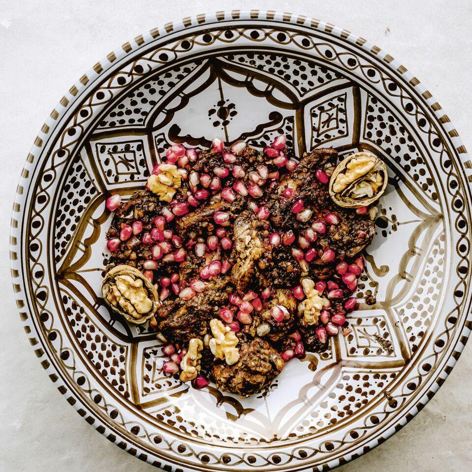 Persisches Huhn in Walnuss-Granatapfel-Sauce
