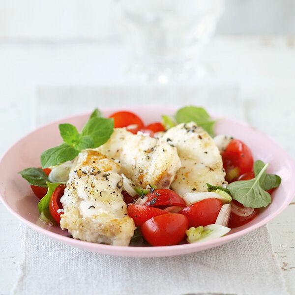seeteufelfilet mit tomaten minze salat rezept k cheng tter. Black Bedroom Furniture Sets. Home Design Ideas