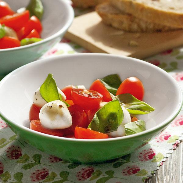 mozzarella tomaten salat rezept k cheng tter. Black Bedroom Furniture Sets. Home Design Ideas