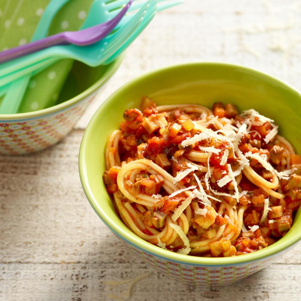 spaghetti mit pilz bolognese rezept k cheng tter. Black Bedroom Furniture Sets. Home Design Ideas