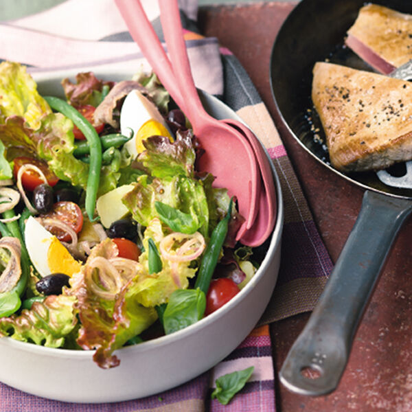 salade ni oise au thon nizza salat mit thunfisch rezept k cheng tter. Black Bedroom Furniture Sets. Home Design Ideas