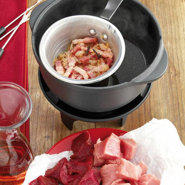 fondue bacchus rezept k cheng tter. Black Bedroom Furniture Sets. Home Design Ideas